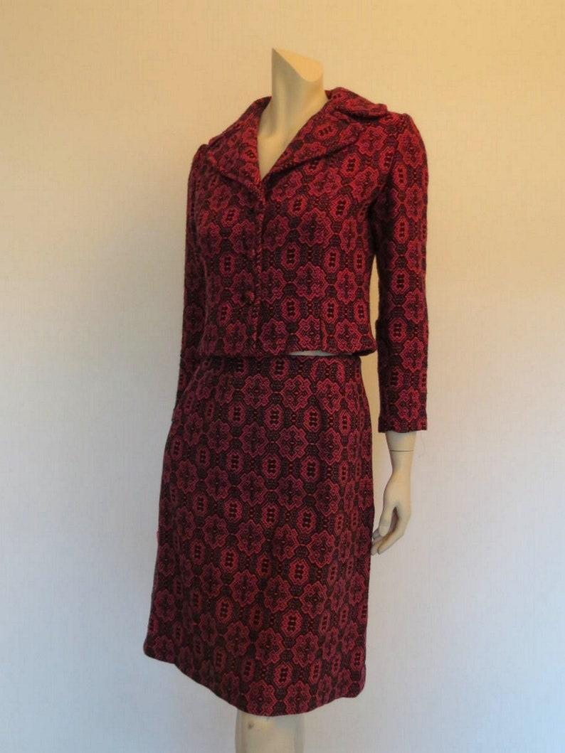 Bust 86 cm 1960s Pink /& Black Wool Jacquard Skirt Suit
