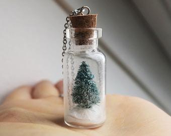 Christmas Tree Snowglobe Necklace - Pine Tree necklace, Snow Necklace, Winter Necklace, Christmas Necklace, Christmas Jewelry