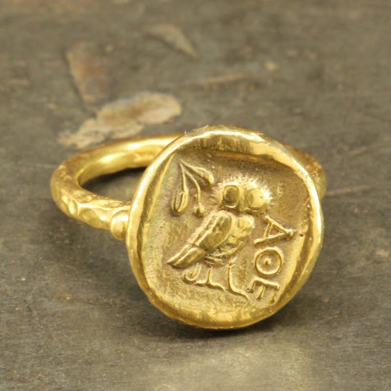 313d65fc247b8 Hibou de Art grec antique monnaie chevalière anneau en argent | Etsy