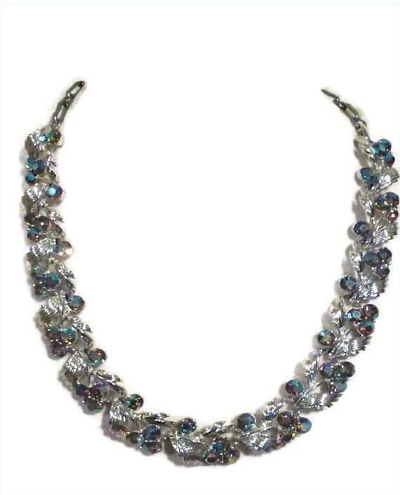 Vintage Lisner Silvertone Blue Rhinestone Necklace