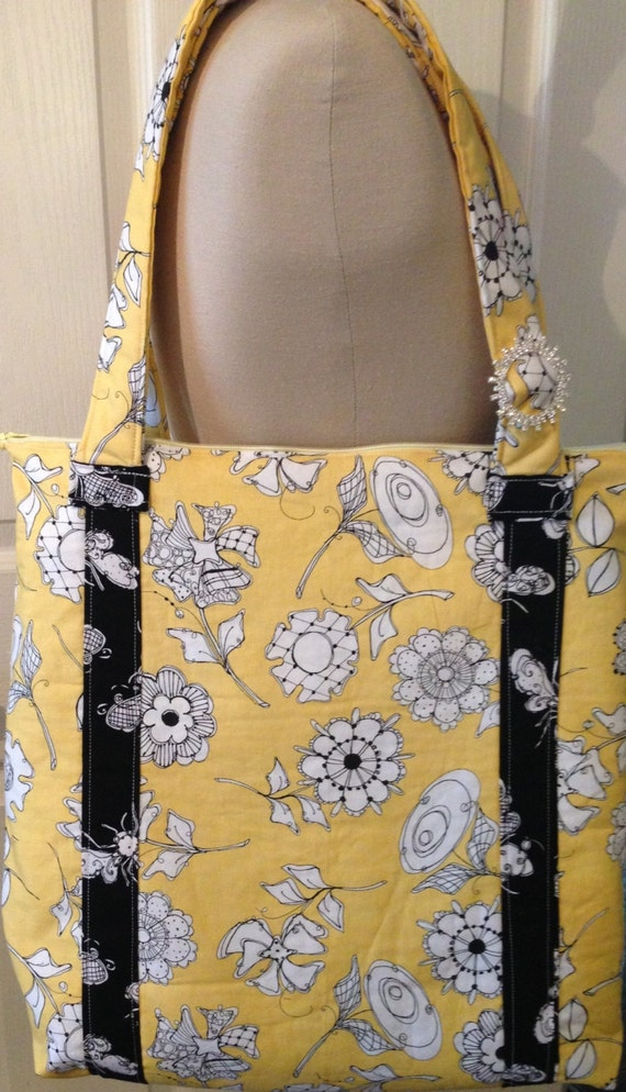 The Buzy Bee tote bag