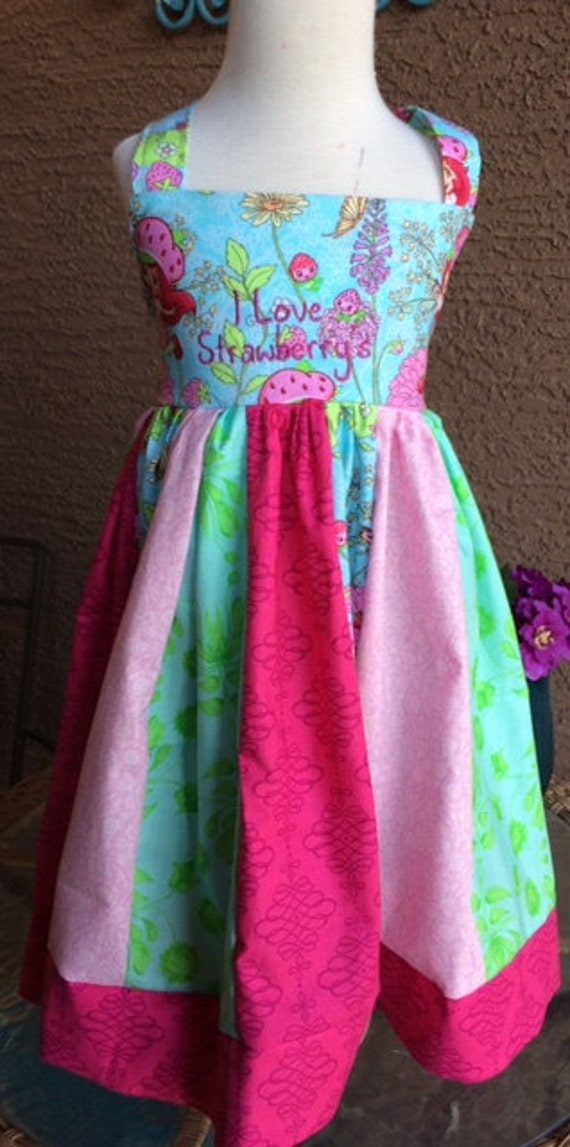 Strawberry Shortcake size 3 girls dress/ Strawberry party dress/ custom girls dress