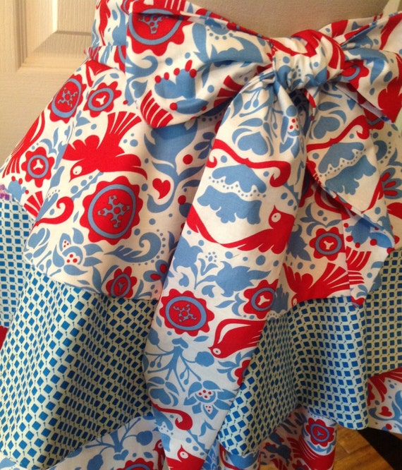 Adorable La Paloma Fabric, mother and child matching aprons