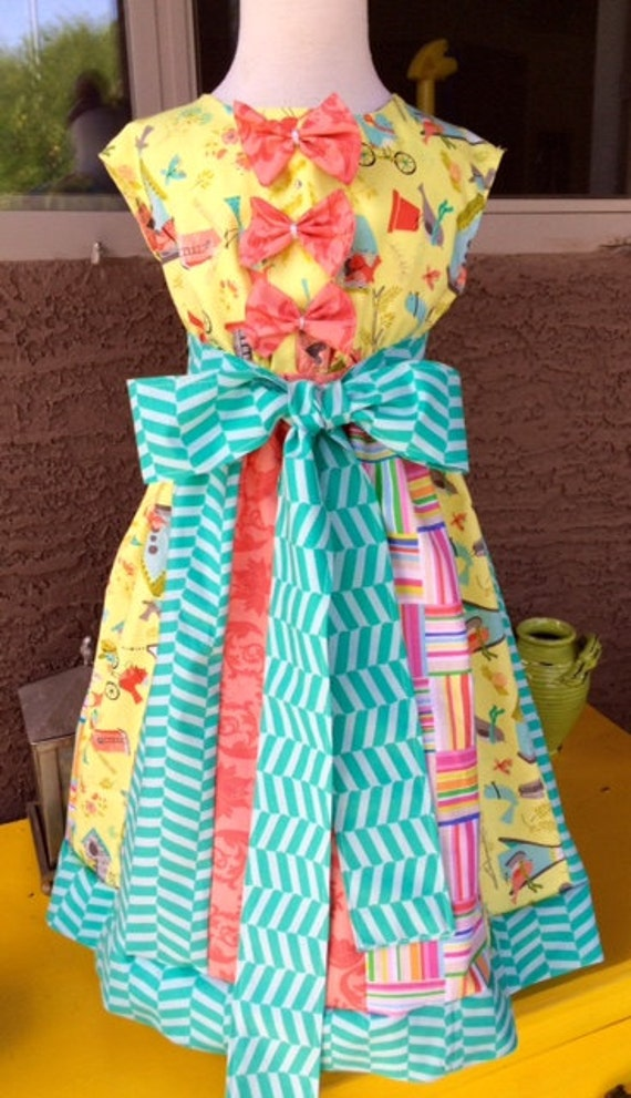 gorgeous Easter Little Girls Yellow Bird Dress/spring dress/mothers day dress/birthday dress