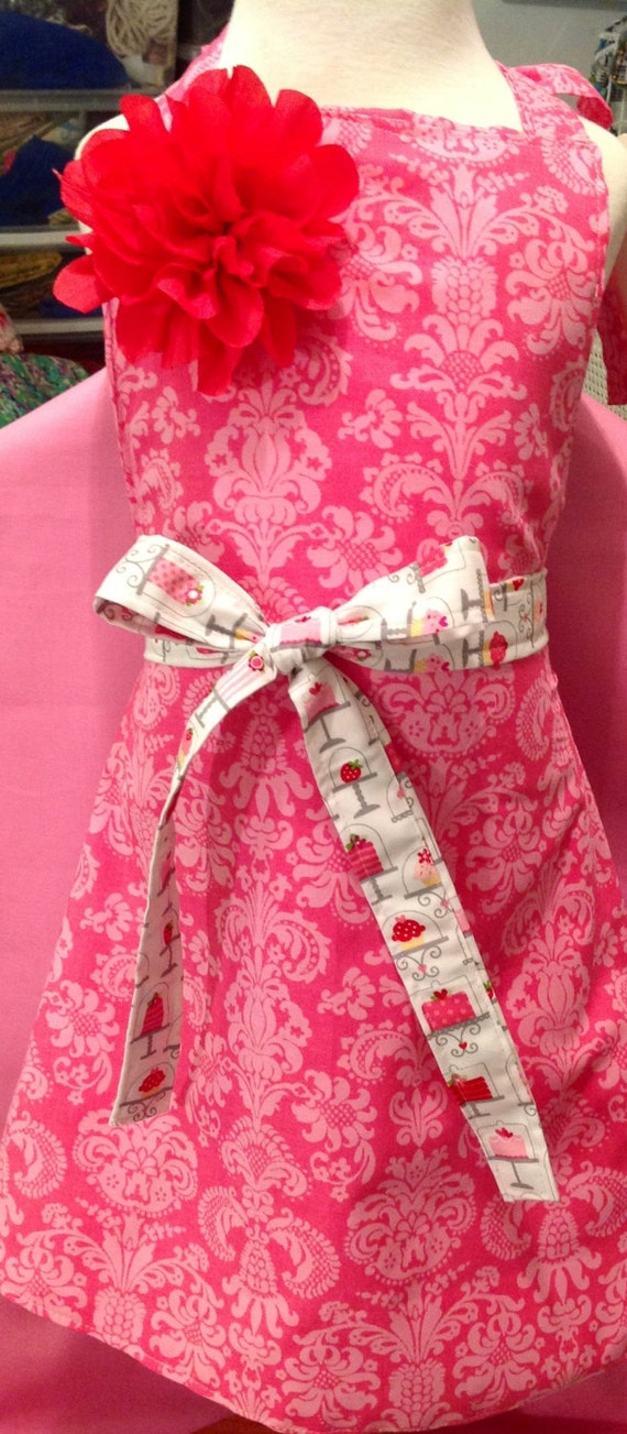 Sweet little girls apron in owl or pink sweet shop fabric