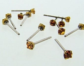 12 TOPAZ GLASS RHINESTONE vintage brass steel stud earrings v832