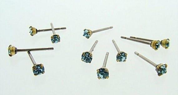 12 SAPPHIRE GLASS RHINESTONE vintage jewel brass stud earrings v806