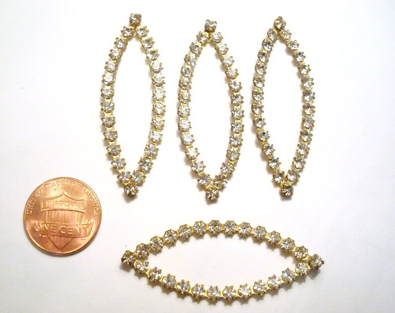 6 Vintage Brass Austrian Crystal Rhinestone Diamond Center Hole Findings E34