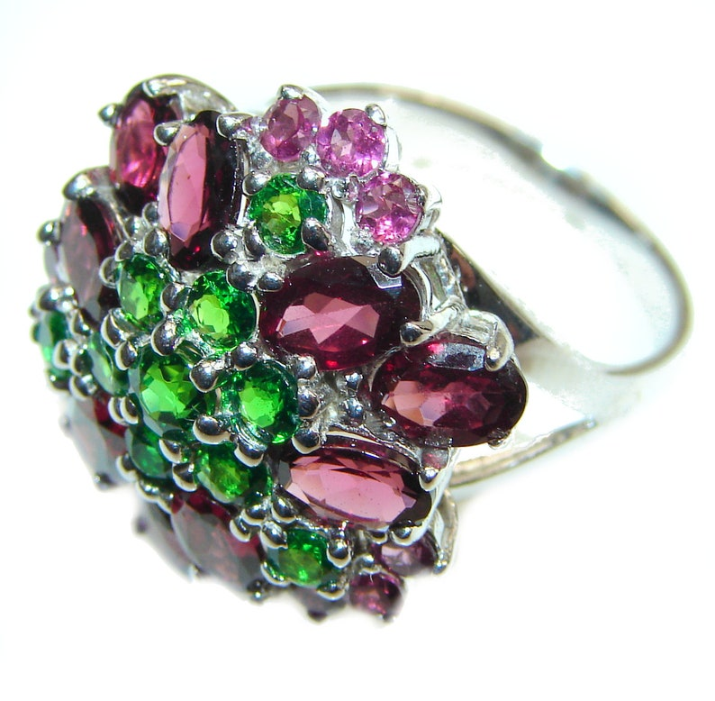 weight 8.90g W code 9-lis-20-25 1 4 inch T Chrome Diopside 7 8 dim L 7 8 Garnet Sterling Silver Ring Size 8