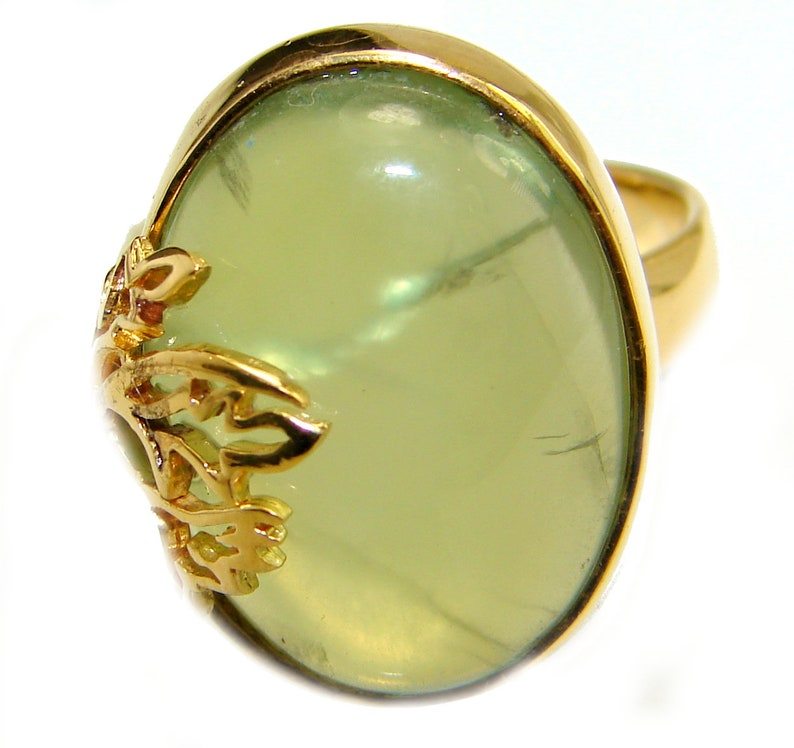 T- 3 8 inch W- 5 8 Prehnite Sterling Silver Ring code 15-mar-19-19 weight 8.90g Size 8 dim L- 7 8