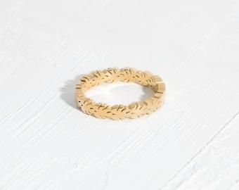 Crown of Leaves Ring