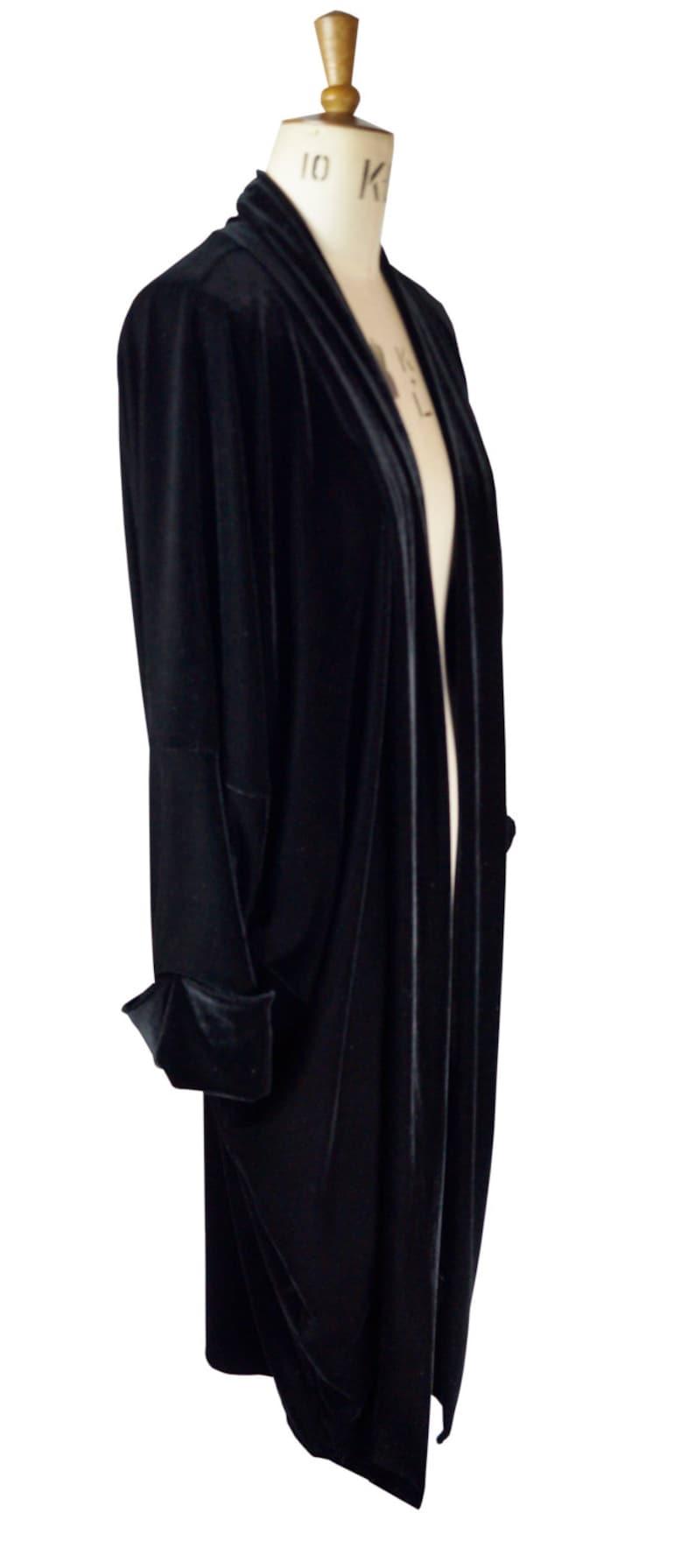 Shawls & Wraps | Fur Stole, Lace, Fringe Baylis and Knight Black Velvet Duster Coat Opera $101.12 AT vintagedancer.com
