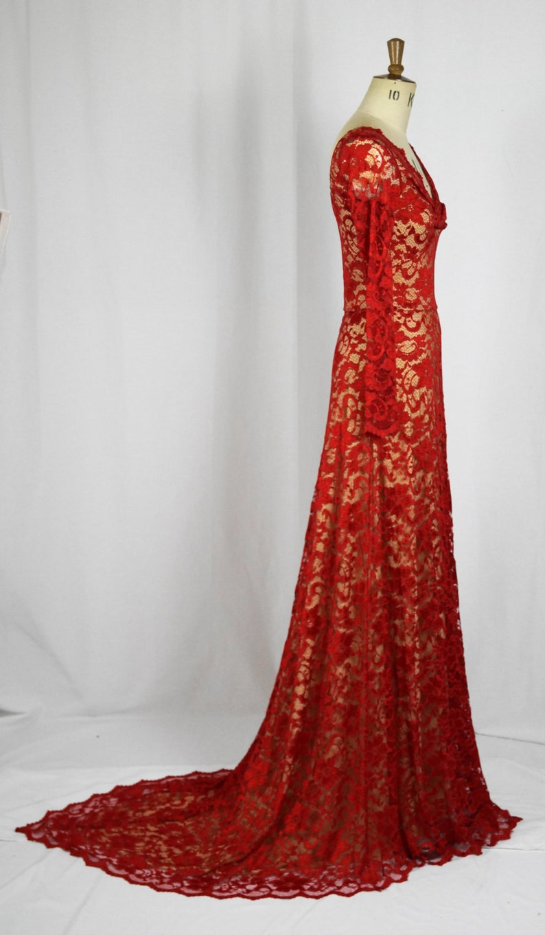 7a6f59d65f Baylis   Knight Red Nude Lace Twist TRAIN Princess Kate