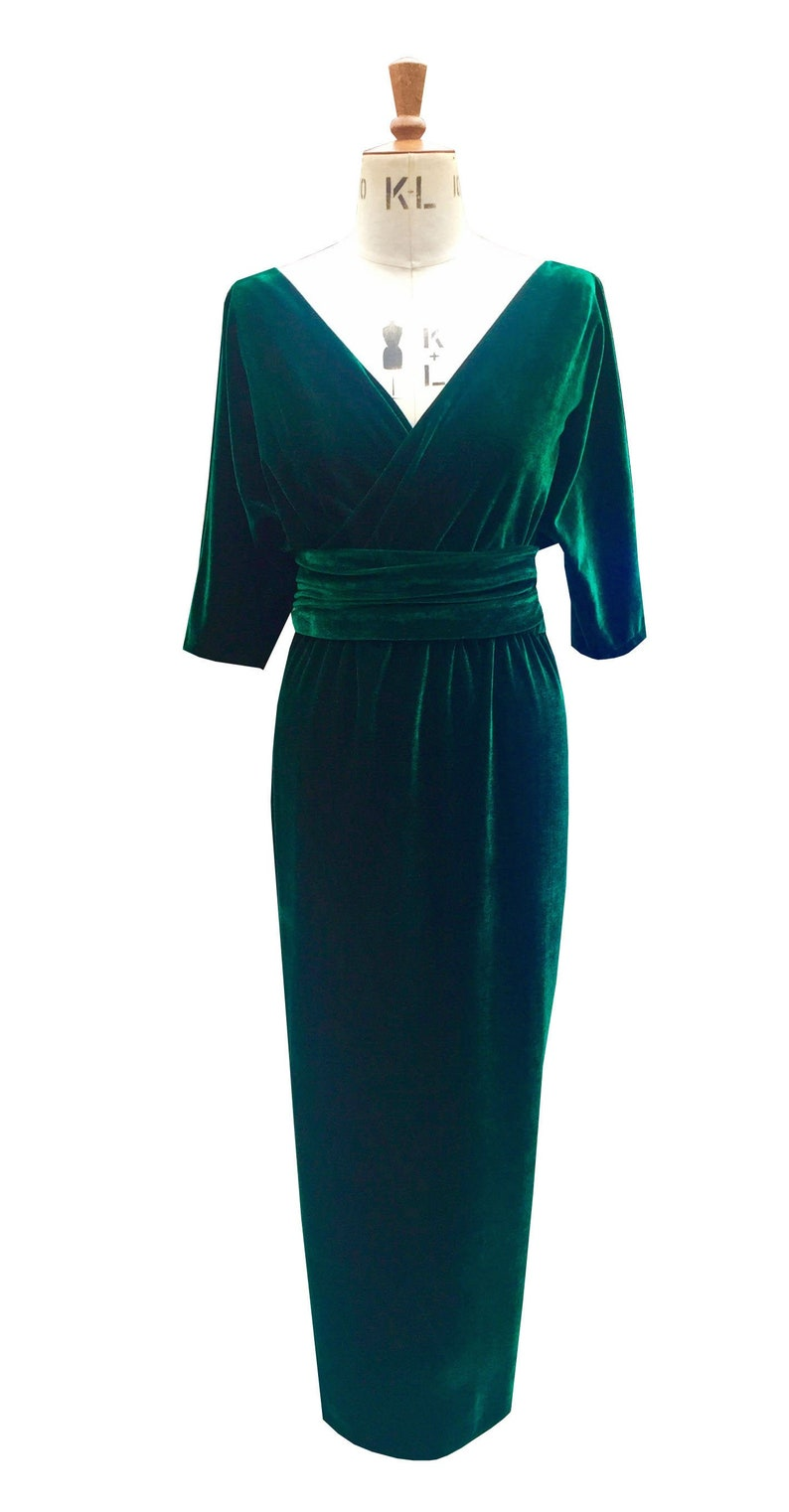 1960s Evening Dresses, Bridesmaids, Mothers Gowns Baylis and Knight Green Velvet Wrap Dress elegant cocktail pinup Event $107.86 AT vintagedancer.com
