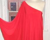 Baylis Knight Red STUDIO 54 Batwing 70 39 s Disco Glam One Shoulder Bat Wing Dress Elegant (Smock)