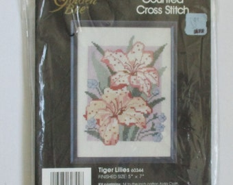 Golden Bee Vintage Counted Cross Stitch Embroidery Kit Tiger Lilies Picture Needle Craft Destash  Kit #60344 Tiger Lily Wall Decor Craft