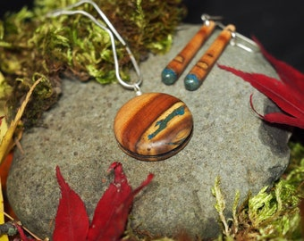 Madrone Wood with Azurite & 'Oregon Green Stone'