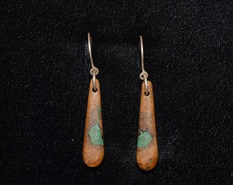 Oak Burl Wood Earrings Inlaid With Malachite
