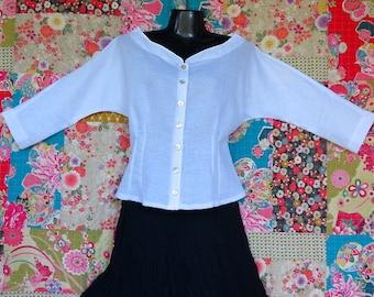 Women's  Retro  top, White linen top, Linen clothing, Handmade, Vintage style top, White blouse, Black linen top, White shirt, Black shirt.