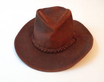 33dfbbcfabef6 Minnetonka Suede hat vintage brown Outback 21 3 4 circumference
