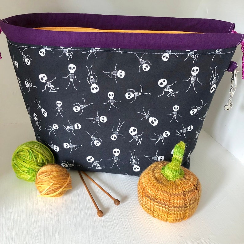 Knitting project bag / halloween skeleton large drawstring image 0