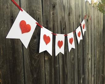 Valentine Heart Banner, Valentine Decor, Mantel Decor, Valentine Mantel Decor, Hearts, Valentine Hearts, Love, Holiday Banner