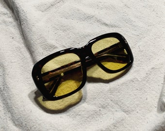 1d28fbdd249 Deadstock Gucci Tortoise Shell Sunglasses with Yellow Lenses (Original  Case