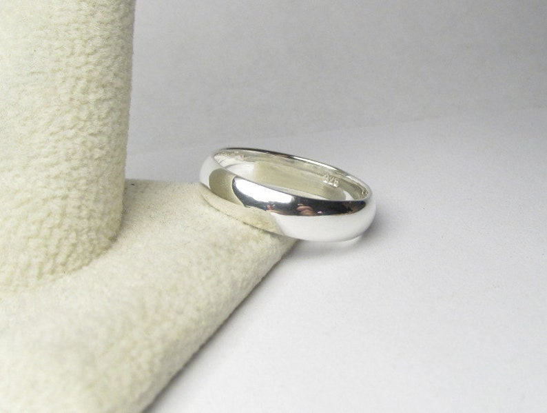 Sterling Silver Wedding Band Sterling Silver Wedding Ring image 0