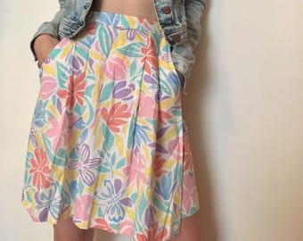 80s pastel funky floral skort, fresh high waisted skirt, small - vintage -