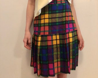 90s neon drop waist pleated skirt, checkered tartan schoolgirl skirt, light bright, small - vintage -