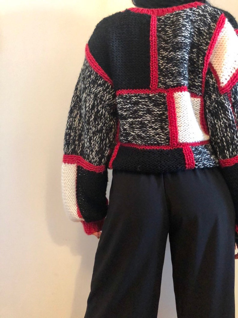 abstract patchwork white black red pullover 90s cropped chunky knit sweater vintage - small medium
