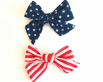 SET OF (2) 4th of July headbands lot 1 size fits all, hair Clips baby girls hair, nylon wraps, cotton bows, independence Day Red White Blue