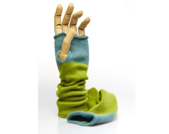 Pure Cashmere handwarmers - citrusgreen/foggyjade, wristwarmer, armwarmer, luxury, winter accessoires, christmasgift, slightly felted