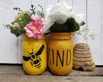 Bee Kind Hand Painted Mason Jars for Home Decor, Rustic Home Decorations, Tabletop Centerpiece, Decor For Summer, Decorated Mason Jars