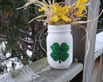 Shamrock Decor, Glitter Mason Jar, St Patrick's Day Decoration, Spring Decor, Rustic Home Decor, Candy Dish, Cute Home Decoration