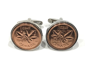 Box! Canadian Timber Wolf w// Moon /& Mountainside Silver Canada Coin Cufflinks