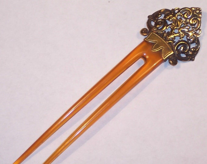 14K Solid Yello Gold, Antique.... Ladies Hair Comb.. Ornate Repousse Top... Superb !