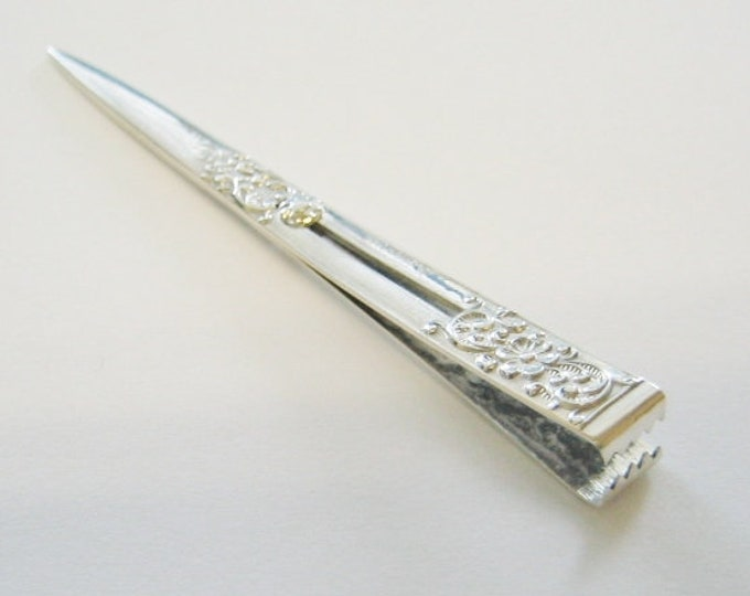 """Vintage..... Solid Sterling Silver (.925) """"Fancy Scroll"""" Cigarette Holder ~ Cigarette Clip ~ Roach Clip/Holder."""
