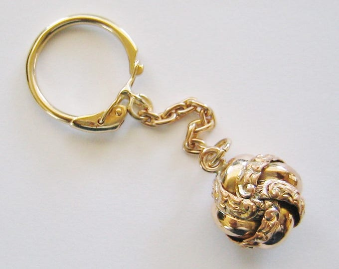 """Vintage...9K Solid Yellow Gold, """"Love Knot"""" Key Chain, Key Holder ......"""