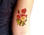 Tatuaggi Fiori Bianchi.Articoli Simili A Tatuaggio Temporaneo Ellebori Rossi E Bianchi