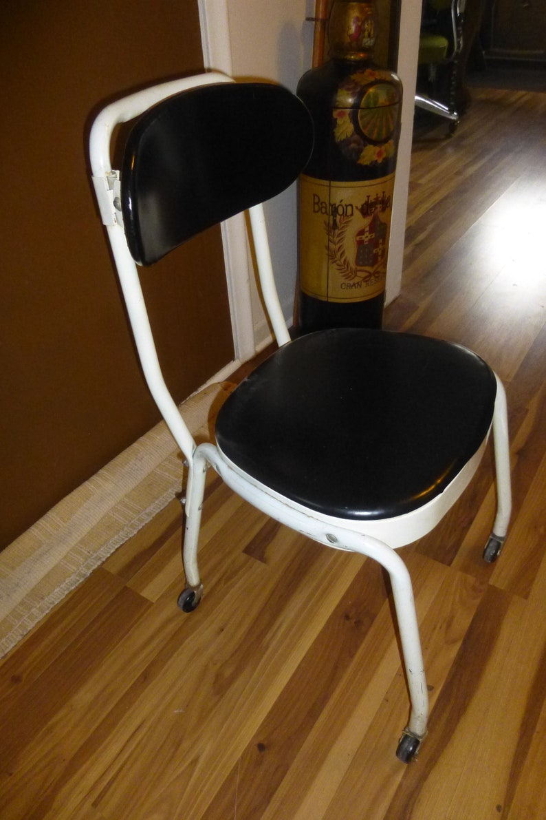 5d652a0a14474 Vintage Cosco Rolling Chair with Adjustable Backrest - Unusual Mid-Mod form  in Good condition