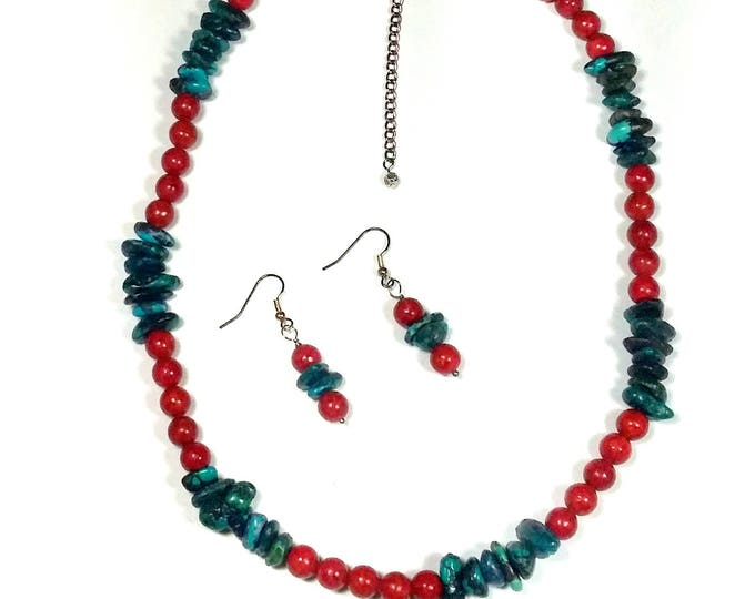 Featured listing image: Turquoise and Coral Beaded Necklace Set