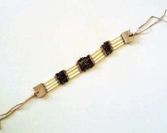 Natural Tiger Eye Stone Traditional Native Choker