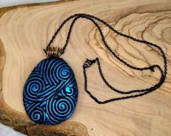 Blue Filigree Pendant Necklace
