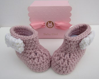 Baby booties, crocheted baby shoes, baby shower gift, crochet baby booties, newborn baby shoes, gift for baby, baby girl gift