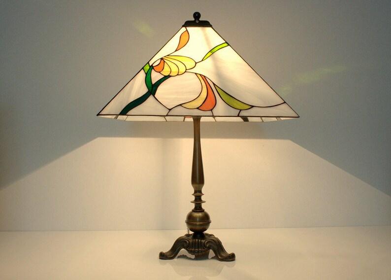 Art Verre NouveauTiffanyDe ChevetVitrailTableAbat En À Jour TeintéTable Lampe JFcTl1K