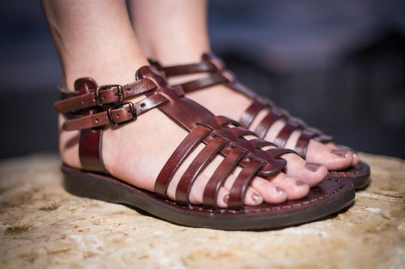 2fa400fae25c Brown Leather Sandals Women Elegant Comfortable Classic