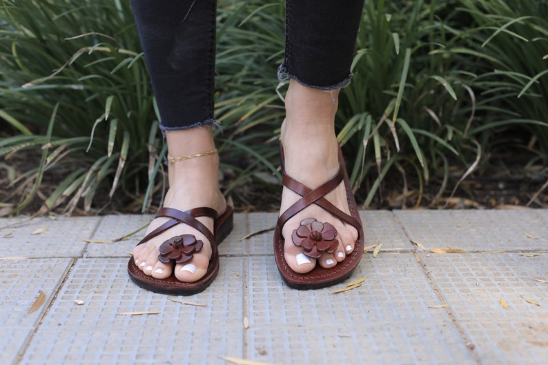 8c9a455433e4 Brown Leather Women s Sandals Classic Summer Everyday