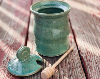 Honey Pot + dipper (green glaze)