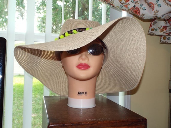 1990s Summer Floppy Straw Hat, Hat With Pompoms - image 1